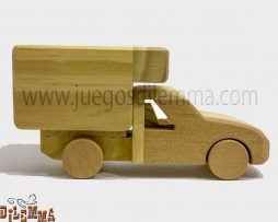 furgoneta en madera